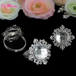 $enCountryForm.capitalKeyWord NZ - able Accessories Napkin Rings 100 Pcs lot White Diamond Napkin Rings Serviette Holder for Wedding Decoration Party Banquet Table Decorat...