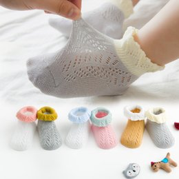 Baby Lace Crochet Shorts Australia - Baby socks infant kids lace hollow crochet breathable socks girls patchwork color short socks children cotton knitted ankler sock F5883