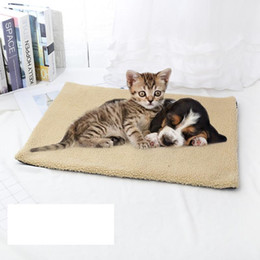 pet heat mats Australia - Self-heating Cushion Dog Kennel Cover Cat Puppy Sleep Mat Lovely Wool Mattress Winter Warm Dog Bed Soft Fleece Pet Blanket