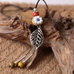 $enCountryForm.capitalKeyWord Australia - Handmade Ceramic Floral Necklace Vintage Glazed Leaf Ceramics Adjustable Rope Bead Pendant Necklaces Fashion Women Sweater Jewelry Wholesale