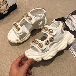 Sapatos quentes Sandálias De Couro Mulher Malha De Ar Sandálias De Cristal HookLook Plataforma Sandálias Mulher Zapatos De Mujer Roma Sapatos Mulher venda por atacado