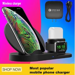 Vente en gros Chargeur sans fil, support de recharge sans fil 3 en 1 pour Apple Watch, station de recharge pour Airpods, station d'accueil pour chargeur rapide sans fil pour tous les téléphones Qi