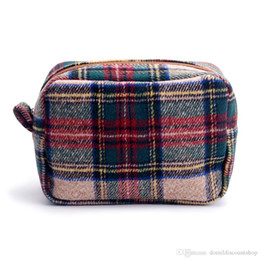 $enCountryForm.capitalKeyWord NZ - wholesale blanks tan plaid cosmetic bag herringbone houndstooth make up bag with zipper closure wool material DOM676