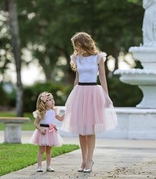 $enCountryForm.capitalKeyWord NZ - Kids lace falbala fly sleeve princess tops+lace tulle tutu skirt 2pcs sets 2019 summer mother and daughter matching outfit F4375