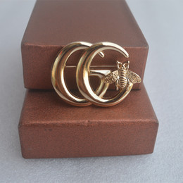 bohemian clothes for wholesale Australia - Fashion Gold Letter G Brooch With Honeybee Charms Brooches Pin Clothes Accessories Jewelry For Women Gift Dropshipping