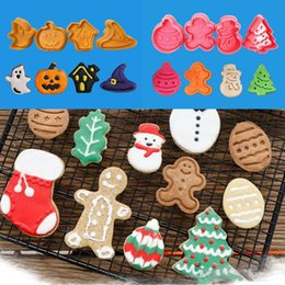 halloween cookies cutters NZ - Christmas Biscuit Mould FDA ABS Halloween Christmas Fondant Cutter Xmas Biscuit Moulds New Year Baking Biscuit Mold