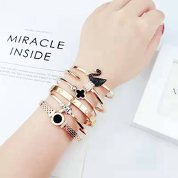 $enCountryForm.capitalKeyWord Australia - 2019 All kinds of luxury Bracelets Jewelry for Women 316LTitanium Steel Brand Designer Bracelets Best gifts for girlfriend and family