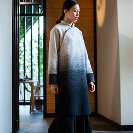 4d3826303c3171b Ретро оригинальные китайские женщины шерсть пальто стенд воротник шерстяное  пальто куртка платье черный и белый градиент Cheongsam