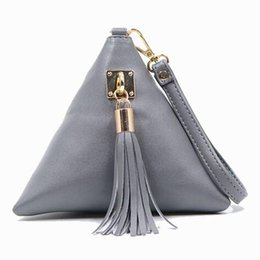 $enCountryForm.capitalKeyWord Australia - Wholesale- Mini Tassel Clutch Black Leather Bag Designer Purse Famous Brand Women Fringe Handbag Evening Bags Bolsa Feminina tas F40-560