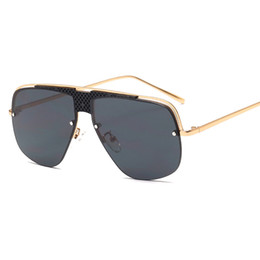 2894861a3b Large Frame Hollow-out Gradual Retro Double-beam Sunglasses Individual  Glasses of The Same Type for Men and Women