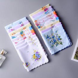 Wholesale Floral Cutters Australia - 100% Cotton Handkerchief Towels Cutter Ladies Floral Handkerchief Party Decoration Cloth Napkins Craft Vintage Hanky Oman Wedding Gifts LX65
