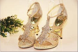 $enCountryForm.capitalKeyWord Australia - Summer Sandals Gold Glitter Wedding Gown Dress Shoes for Bride Lady High Heel Rhinestone Formal Shoes Bridal Dress Shoes