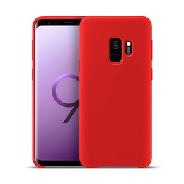 China Liquid Silicone Case for Samsung Galaxy S8 S9 S10 plus Note9 8 S10 Lite Gel Rubber Shockproof Phone Cases For iphone XR X 8p with Retail Box suppliers