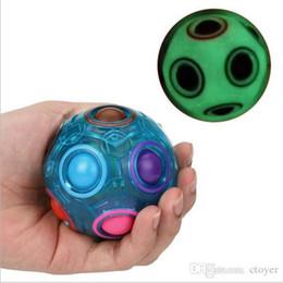 Nuova palla magica arcobaleno magico palla giocattoli educativi per bambini arcobaleno creativo cubo più cordino Giocattoli di decompressione palla luminosa