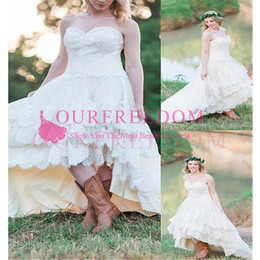 $enCountryForm.capitalKeyWord Australia - Modest Lace High Low Country Wedding Dresses 2020 Plus Size with Tiered Skirt and Lace Up Back Bohemia Bridal Gowns Handmade