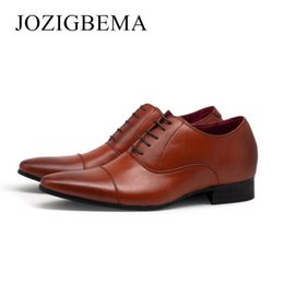 $enCountryForm.capitalKeyWord Australia - Men's Business Luxury Shoes Breathable Fashion Men Business Lace Up Leather Shoes Casual Pointed Wedding Shoe Male Suit