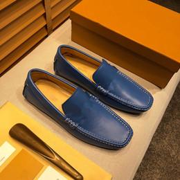 $enCountryForm.capitalKeyWord Australia - 2019 Luxury Designer Brand Black Glitter Spikes Studded Red Bottom Loafers Shoes Men Flats Wedding Party Gentlemen Dress Oxford size 38-46