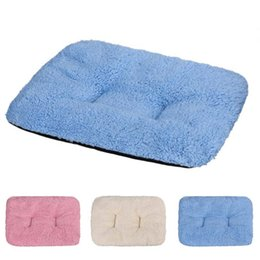 China Pet Product Breathable Cat Bed Rest Dog Blanket Winter Foldable Pet Cushion Hondenmand Plush Soft Warm Sleep Mat Sweet Dream Bed cheap dreams plush suppliers