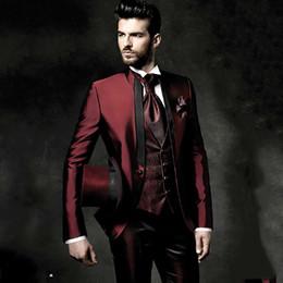 $enCountryForm.capitalKeyWord Australia - Wine Red Burgundy Suit Men Handsome Wedding Suits For Men Tailor Made Groom Tuxedo Vintage Italian Formal Suit 3 Pieces