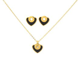 $enCountryForm.capitalKeyWord NZ - Luxury Heart Charms Necklaces Stud Earrings Fashion Heart-shaped Necklaces Earrings Set High Quality Womens Jewelry Sets Lover Gifts