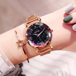 Wholesale New Magnet Strap Fashion Womens Watches Brand Mens Women Grls Dress Simple Star Stone Crystal Simple Design Casual Wristwatches