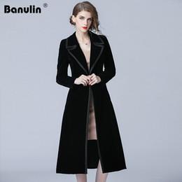 dd5e32d864c157 Banulin 2018 Inverno Runway Designer Donna Vintage intarsiato Colletto  intarsiato Velluto nero Maxi cappotto spesso caldo Trench lungo Outwear