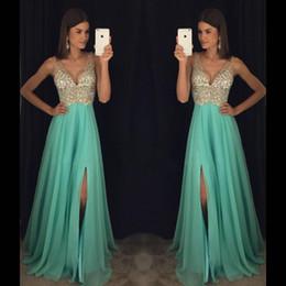 $enCountryForm.capitalKeyWord NZ - Robes de Bal Black Girl Prom Dresses Long Cheap Deep V Neck Split Chiffon Formal Evening Gowns Plus Size Crystal Bead Party Dress