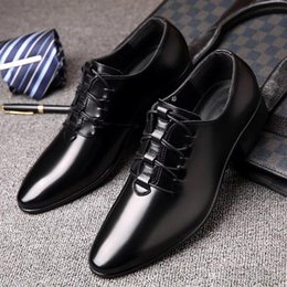 Korean blacK wedding dresses online shopping - 2019 New Spring Wedding Shoes Men s Business Leisure Sharp Korean version of the professional fashion shoes black smooth