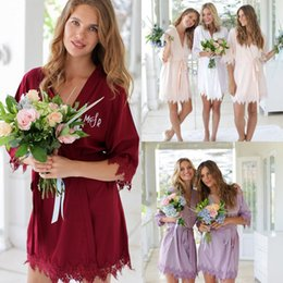 Ladies Lace dress pictures online shopping - Cheap Silk Satin Wedding Robes Personalized Glitter Print Short Bathrobe Bridesmaid Sleepwear Kimono Long Pajamas Summer Night Lady Robes