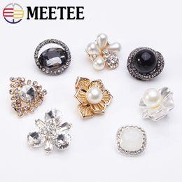 Clothes Buttons Australia - Meetee 20pcs Flower Rhinestone Pearl Button Metal Botones Wedding Decor DIY Mink Fur Clothes Coat Sewing Craft Accessories CN016