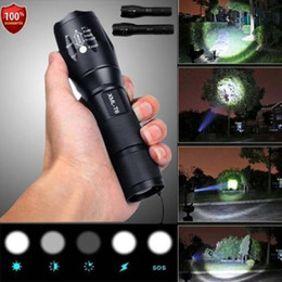 Ingrosso Police LED Flashlight Tactical 50000LM XML-T6 Zoomable Torch Lamp 5 modalità