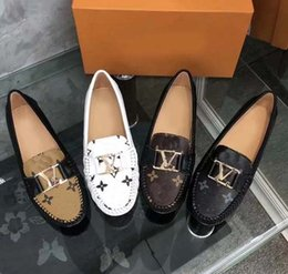 Design italian shoes online shopping - Designed for women Loafers Handmade Italian Designer Metal Letter Buckle Slip On Boat Shoes Casual Canvas Shoes Size With box L8