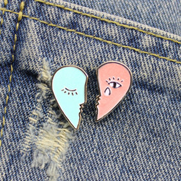 $enCountryForm.capitalKeyWord Australia - Heartbreaking tears pink blue heart broken into two petals small creative brooch lapels denim clothing ornament badge pins
