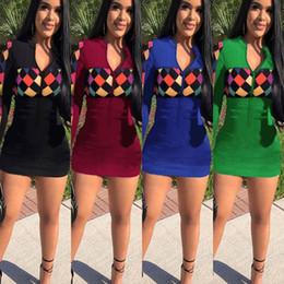 3786ae924c9 Marque Designer femmes robe à manches longues plaid mini-robe imprimer  lettre moulante sexy jupe night club jupe courte A-line maigre vêtements  d automne