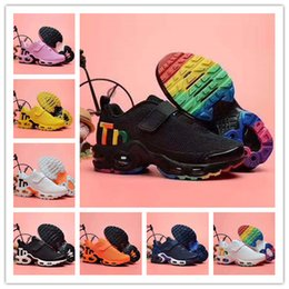 $enCountryForm.capitalKeyWord Australia - New Infant Kids Tn Running Shoes Air Grey White Black Children Sport Shoes Toddler designer shoes Plus Rainbow Boy Girl Tns Sneaker