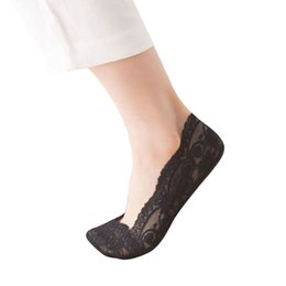 4b9b8434d35 2019 NEW Fashion Womens Cotton Blend Lace Antiskid Invisible Low Cut Socks  Toe Ankle Sock Free ship T4