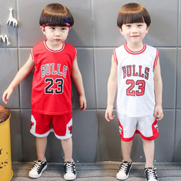 Chinese  Retail boys girls soccer tracksuit kids outfits baby jerseys shorts sets summer casual sportswear Children basketball clothing set suits manufacturers