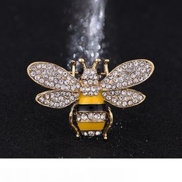 women jewelries Canada - Brand Designer Bee Brooches Pins For Women High Quality Rhinestone Crystal Buckle Brooch Luxury Jewelries Wholesale