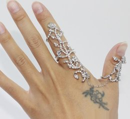 Fashion Finger rings For girls online shopping - New fashion accessories jewelry chain link clear rhinestone rose flower double finger ring for women girl nice gift