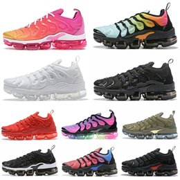 Wholesale golden teeth for sale - Group buy 2020 tn plus cushions mens wmens running shoes SUMMER SUNSET bleached aqua be true red shark tooth Golden fashion Designer Sneakers Trainers