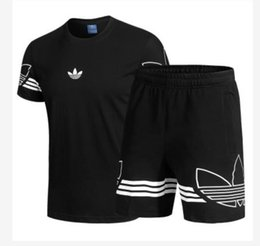 $enCountryForm.capitalKeyWord UK - Mens Womens Sports Suit Short Sleeve Shorts 2019 Fashion Pop Men Women Clothes Shorts Men's Tracksuits Women's Tracksuit