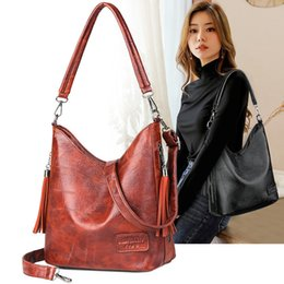 vintage patchwork leather handbag NZ - Big Women Bucket Bag Female Shoulder Bags Large Size Vintage Soft Patchwork Leather Lady Cross Body Handbag for Women Hobos Bag CX200622