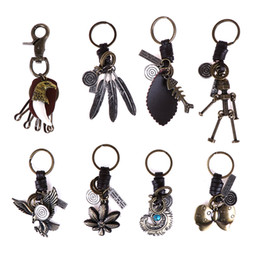 $enCountryForm.capitalKeyWord Australia - Vintage Leather Keychain For Men & Women Classic Wing Butterfly Leaf Feathers Eagle Metal Keychain Fashion Jewelry