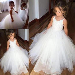$enCountryForm.capitalKeyWord Australia - Cheap Spaghetti Lace And Tulle Flower Girl Dresses For Wedding White Ball Gown Princess Girls Pageant Gowns Children Communion Dress