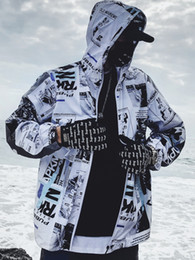 Wholesale mens rave clothing for sale – custom Summer Sunscreen Streetwear Mens Jacket Printed Zipper Casual Male Vintage Jacket Men Hood Windbreaker Hip Hop Rave Clothes J83