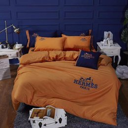 embroidered bedding designs 2019 - H Letter Embroidery Bed Cover Suit Horse Design Spring And Autumn Bedding Cover Orange Boutique Fashion Duvet Cover disc