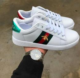 Vente en gros GUCCI Louis Vuitton Top qualité femmes hommes nouveaux chaussures Stan chaussures de mode smith baskets chaussures de sport en cuir sport classique appartements