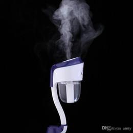Vente en gros Nanum Mode Mini Ii Chargeur De Voiture Humidificateur De Charge Portable Bouteille D'eau Vapeur Humidificateur D'air Brouillard Diffuseur Purificateur De Voiture Pièce De Bureau