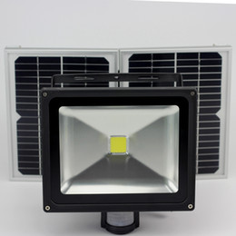 Wholesale 50W Solar motion detected security light with motion sensor warning light waterproof IP65 Night Vision Fill Light For CCTV Camera
