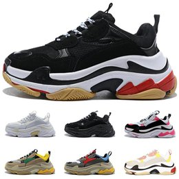 high quality women casual sneaker Australia - High quality Triple s Paris luxury designer shoes mens triple black white grey beige green yellow Vintage women casual dad sneakers
